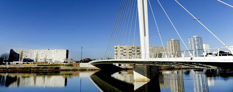 Pont  Éric Tabarly par le bras de la Madeleine